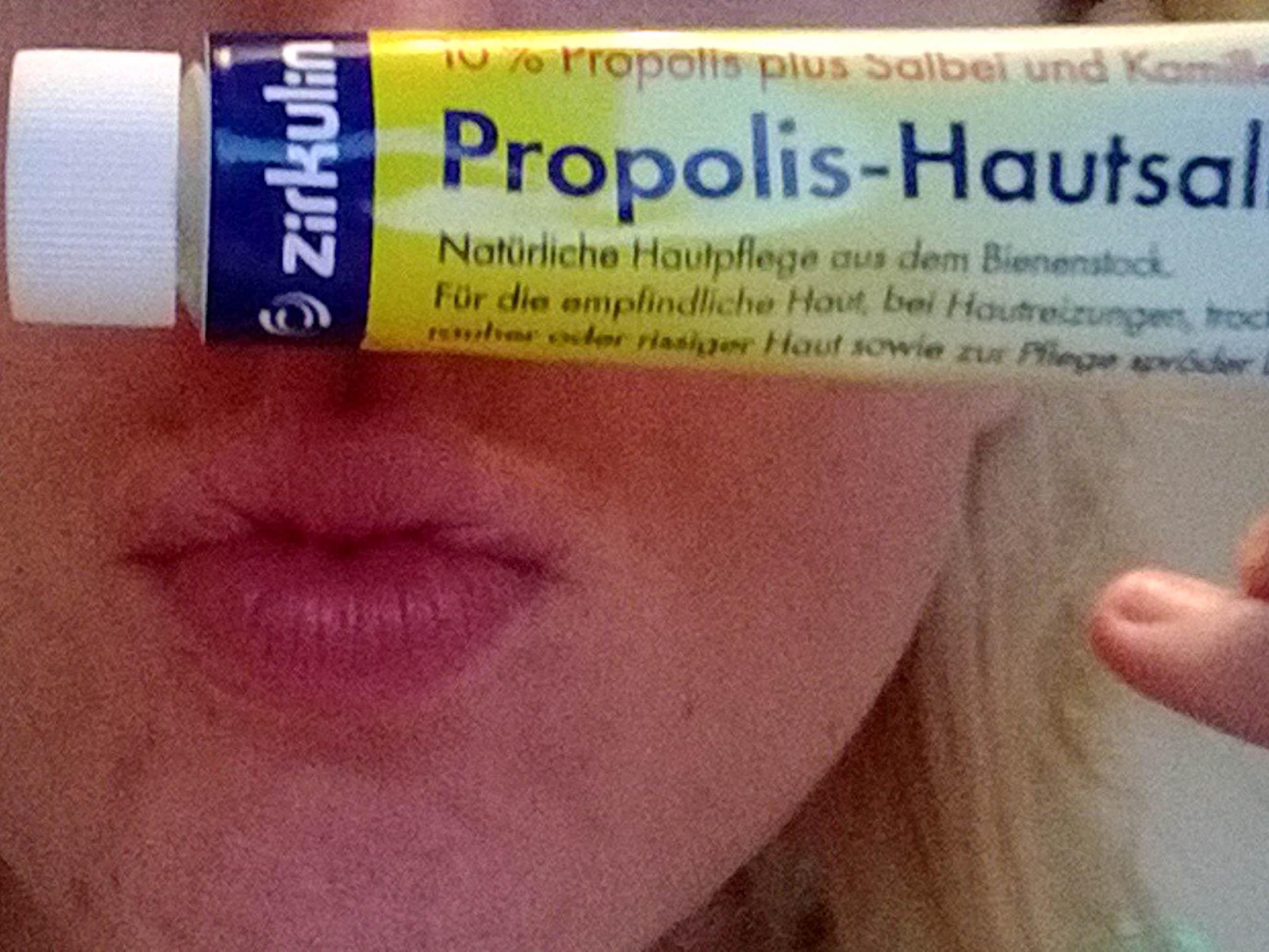 propolis kiss 1